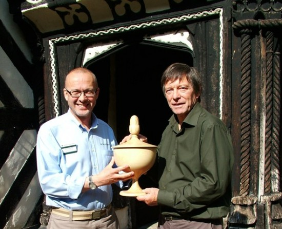 Stuart King delivering a wassail bowl to Little Morton Hall 2008